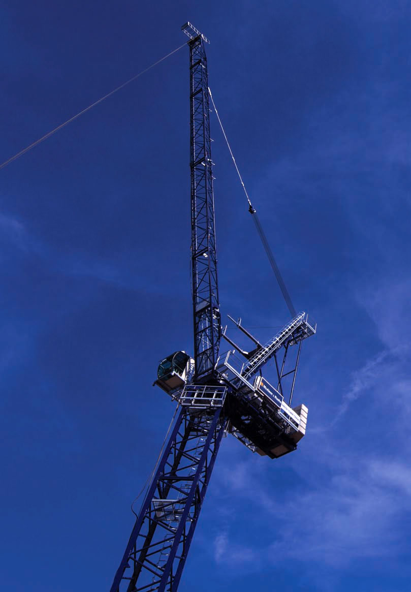 Tower Crane Guide : A saez sl points to the sky above kings cross london